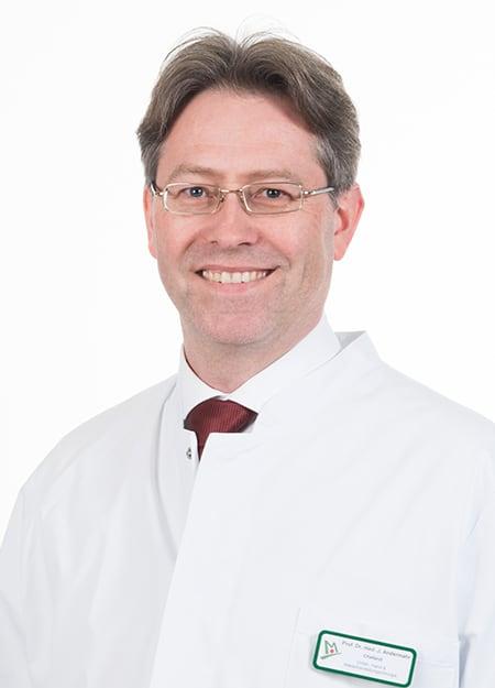 Andermahr Jonas, Doktor bei der Orthopädie Dr. Ziolko in Köln